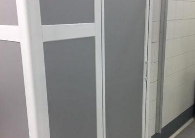 instalacion mampara en pabellon deportivo
