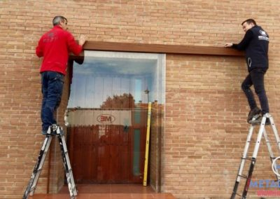 puerta de vidrio zaragoza