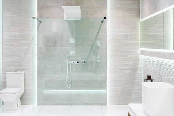 Cómo limpiar mamparas de baño